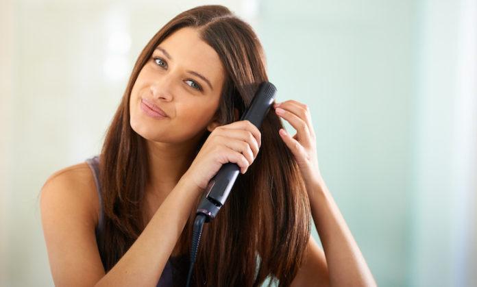 बाल सीधे करने के उपाय